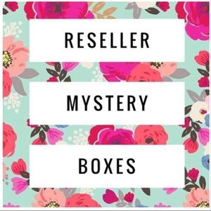 🎁ALL NWT 5 ITEM RESELLER MYSTERY BOX🎁